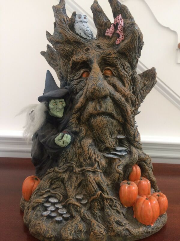 VTG 1997 Illusive Concepts /Paper Magic Group Haunted Tree Witch Halloween Mold