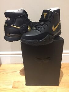 "STEAL! - NIKE KOBE 1 PROTRO ""MAMBA DAY"" - SIZE 8.5 DS"