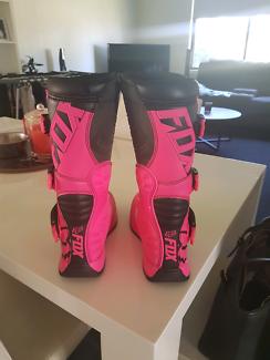 Wanted: Womens fox motor bike boots size  5 usa 37.5 eu