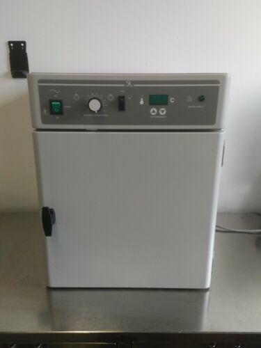 Agilent G2545A Incubator
