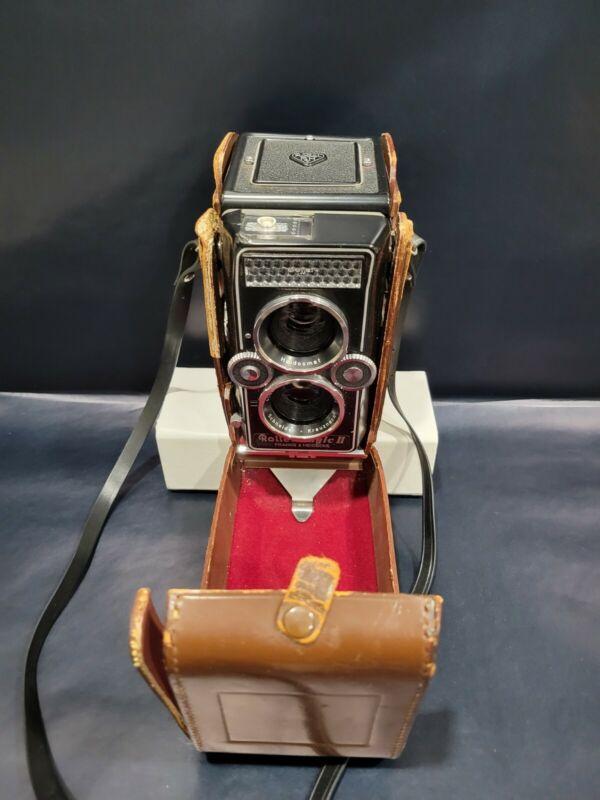 Vintage Rollei Magic II TLR Film Camera Xenar 1:3.5/75 Lens, Germany
