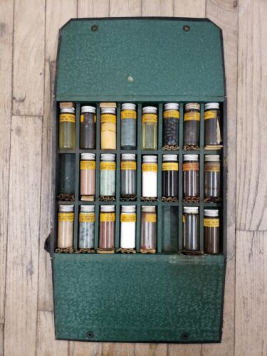 Vintage VET case animal tinctures pills medicine glass bottles MURPHY