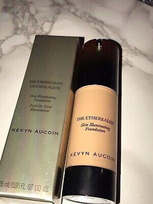 Kevyn Aucoin Skin Illuminating Foundation RTP £46.00