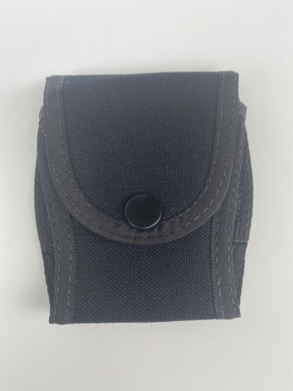 Uncle Mikes Sidekick Handcuff Case Single Button Snap