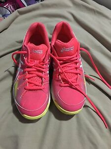 selling asics Netball Gel shoes Raceview Ipswich City Preview