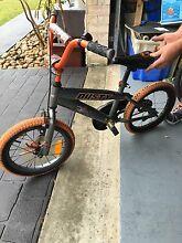 Free boys bike Hamlyn Terrace Wyong Area Preview