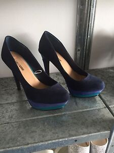 Ladies shoes  size 7&8 Coomera Gold Coast North Preview