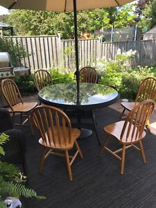 Solid oak chairs - set of six (for indoor use)