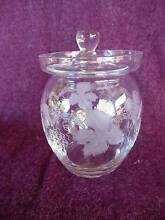 VINTAGE UNUSED CRYSTAL SUGAR BOWL WITH LID GRAPEVINE DESIGN Goodwood Unley Area Preview