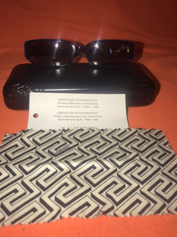 versace sunglasses With Case Cleaning Cloth Certificate Of Authenticity  used