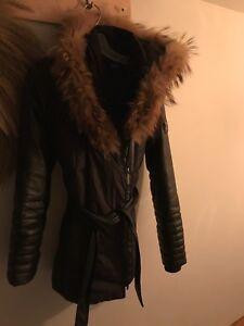 Manteau hiver col fourrure véritable