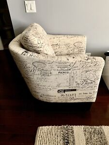 Astounding Accent Chair Buy And Sell Furniture In Mississauga Peel Bralicious Painted Fabric Chair Ideas Braliciousco