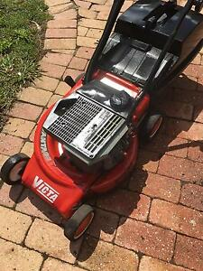 RED VICTA VANTAGE 2 STROKE LAWN MOWER , EASY TO START !!! Hallam Casey Area Preview