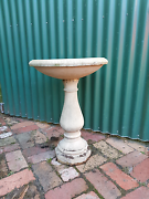 Bird bath antique Chelsea Heights Kingston Area Preview