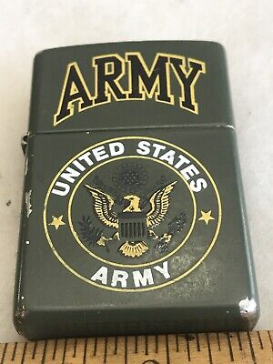1999 ZIPPO ARMY UNITED STATES ARMY CIGARETTE LIGHTER GREEN LIGHTER  LOT 241