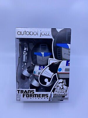 "TRANSFORMERS MIGHTY MUGGS Collection Autobot JAZZ 6"" Vinyl (Imperfections)"