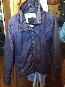 Bench Jacket Size Med