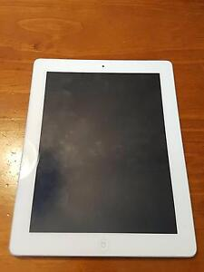 Apple iPad 3 - WiFi + Cellular - 64GB (and 2 cases) Cardiff Lake Macquarie Area Preview
