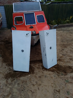 Two boat fuel tanks each 100L