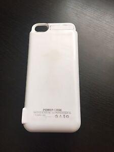 Étui anti-choc et chargeur ss-fil portable I Phone 5