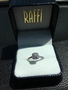 Engagement ring for sale !