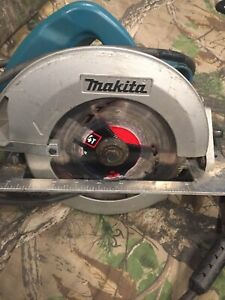 "Makita corded sidewinder saw 7 1/4"""