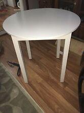 Small white table Heddon Greta Cessnock Area Preview