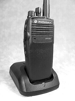 Mint Motorola Xpr6350 Uhf Mototrbo Portable Radio Waccessories
