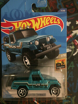ERROR Hot Wheels Jeepster Commando 67 Paint on Wheel