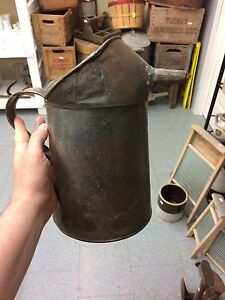 Gall copper oil can pitcher