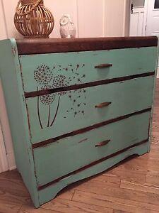 Commode vintage 3 tiroirs, noyer foncé et turquoise antique