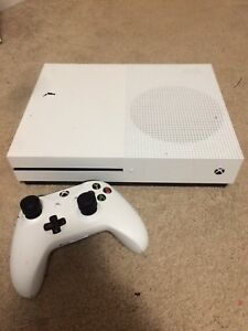 Looking to trade Xbox One S for PS4!
