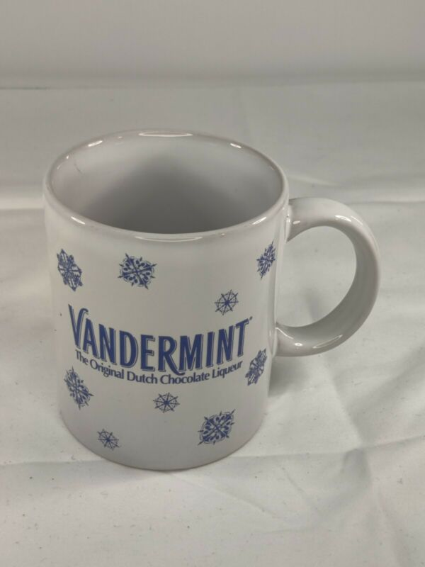 Vandermint Dutch Chocolate Liqueur  Coffee Mugs Snowflake Holidays Christmas