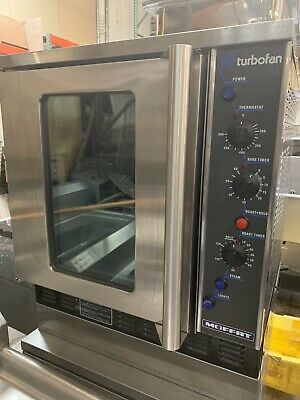 Full Sheet Gas Convection Oven Moffat Turbofan 32 Nsf Bake