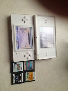 Nintendo DS system w/ 4 games
