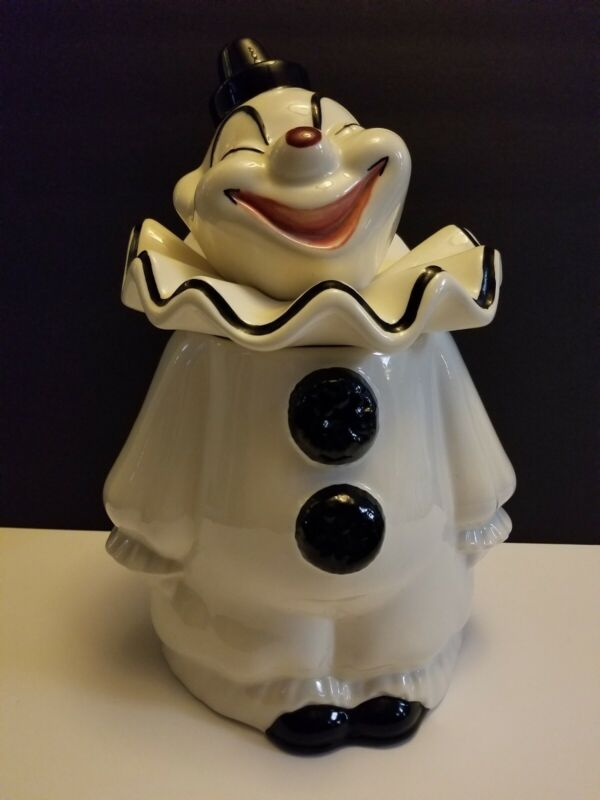 VINTAGE RARE BLACK AND WHITE CLOWN COOKIE JAR BY METLOX - MINT CONDITION