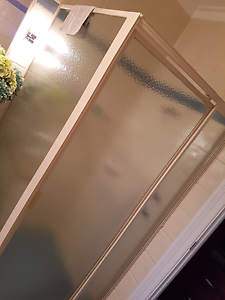 Modern Shower screen Lesmurdie Kalamunda Area Preview