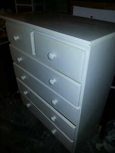 FURNITURE-DRAWERS-CHEST-BEDSIDE TABLES-LAMP-WASHING MACHINE Murrumba Downs Pine Rivers Area Preview