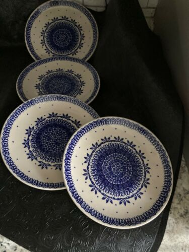 Boleslawiec Handmade Poland  Salad /Lunch Dessert Plates Blue Flower Center [4]