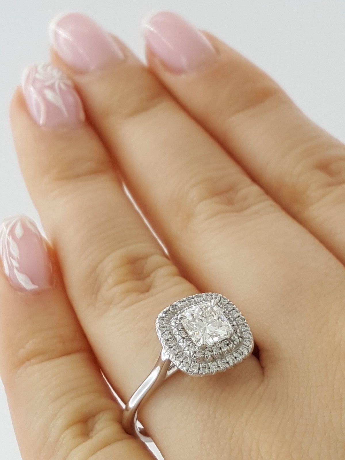 0.97 ct 18K White Gold Cushion Cut Diamond Double Halo Engagement Ring GIA E/VS1 5