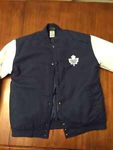 Leafs Coat - mint condition