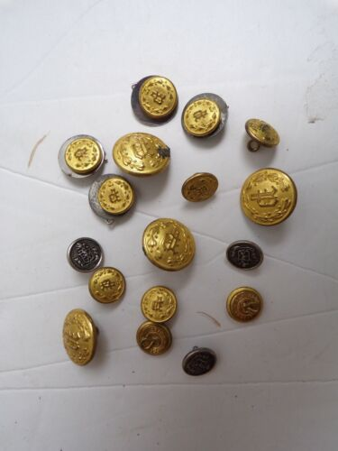 VINTAGE MILITARY BUTTON LOT. 17 PC