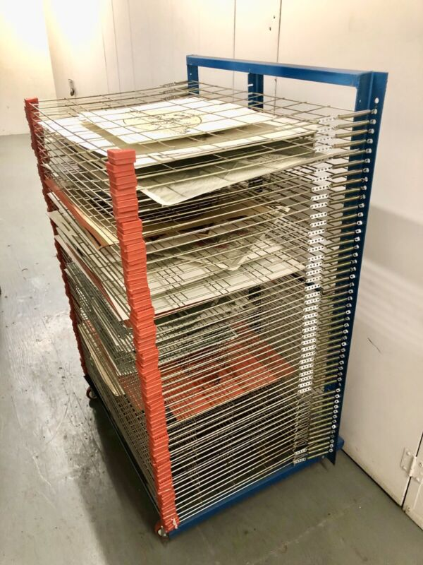 PRINT DRYING RACK, USED IN EXCELLENT CONDITION, PRINTS NOT INCLUDED, LOCAL PICK