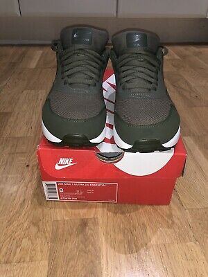 NIKE AIR MAX 1 ULTRA ESSENTIAL Triple Olive Green Size 7Uk Excellent...