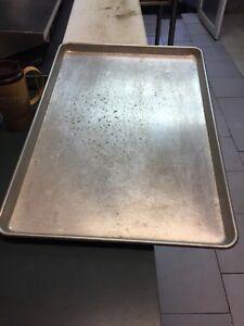 Full baking pan about  27x21