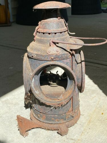 Arlington N.J. Dressel 4 way Railroad Signal with full bottom heavy duty bracket