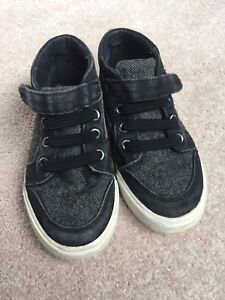 Gymboree High Top toddler sneakers size 9T