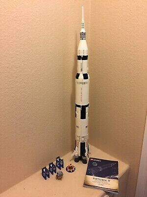 Lego NASA Saturn V 21309