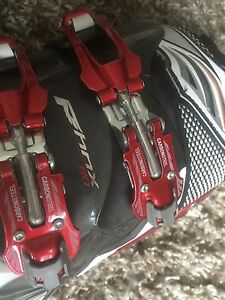 Pair of Men's Technica PHNX80 Downhill Ski Boots