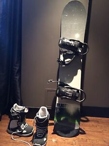 Planche de snow avec fixation et bottes Burton